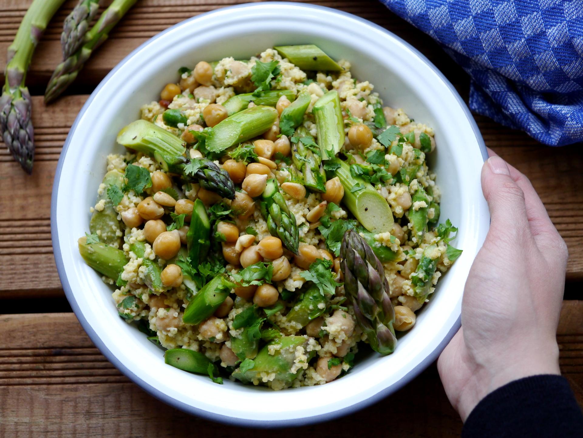 Orientalischer Spargel Hirse Salat Happyfoodprint